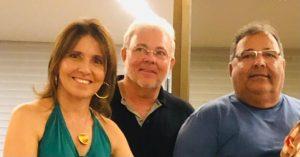 Mônica, Mauro e Maurílio  Reis.